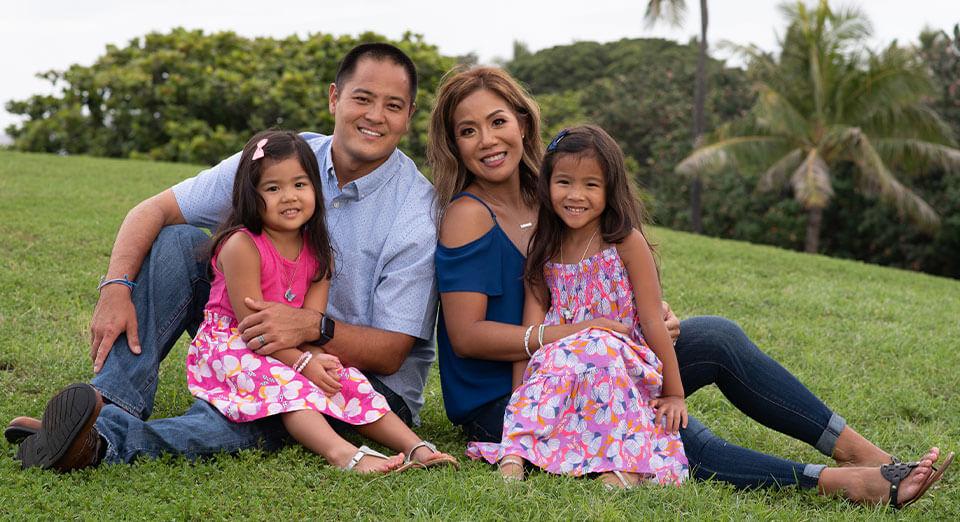 Dr Kawazoe with family